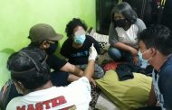 Digeledah Polisi, Warga Mendawai Sembunyikan Sabu di Lantai Rumah