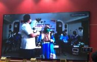 Gunakan Uang Pribadi Rp40 Juta, Gubernur Sugianto Bantu Dua Warga Pulang Pisau