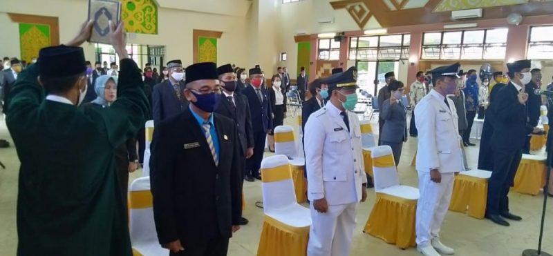 Selamat Bertugas, Bupati Lantik 87 Pejabat di Pemkab Barsel