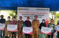433 Warga Katingan Diberi Bantuan Rumah Swadaya, Masing-masing Rp17,5 Juta