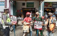 Satlantas Polres Seruyan dan Koramil Kompak Ingatkan Warga Terapkan Prokes
