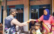 Berikan Edukasi Prokes dengan Berikan Masker