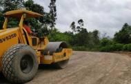 Bupati Instruksikan DPUPR Segera Tangani Akses Jalan Desa Lemo - Bundaran Buhut